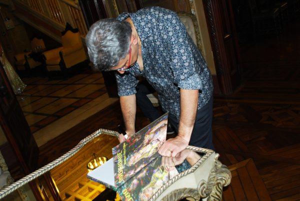 Livro Diversidades Artista Henrique Vieira Filho